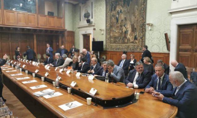 """EX ILVA, SPERA (UGL):"""" IL GOVERNO FACCIA DI TUTTO PER NON FORNIRE ALIBI A ARCELORMITTAL""""."""