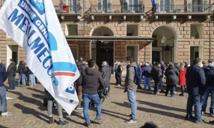 EX EMBRACO PRESIDIO IN PIAZZA A TORINO